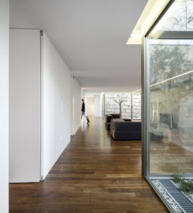 the-hill-cork-house-contaminar-arquitectos-27.jpg