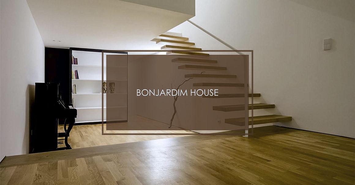 BONJARDIM HOUSE